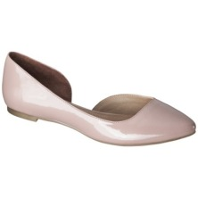 These flats are in a classic blush color and I am always in the mood for a patent moment.
