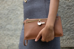 Casual Clutch.